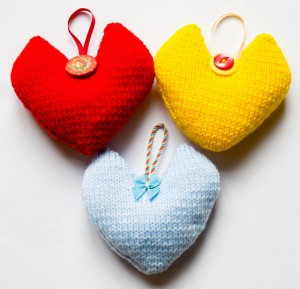 Coloured knitted hearts