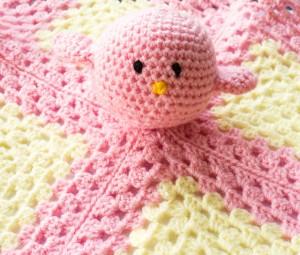 Pink birdie blankie