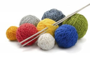 Yarn-and-knitting-needles_11